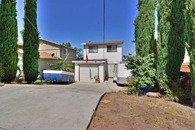 838 Concepcion Ave, Spring Valley, CA 91977