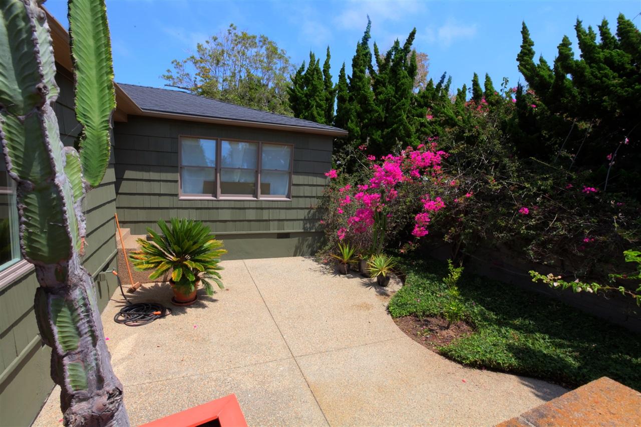 1208 Virginia Way, La Jolla, CA 92037