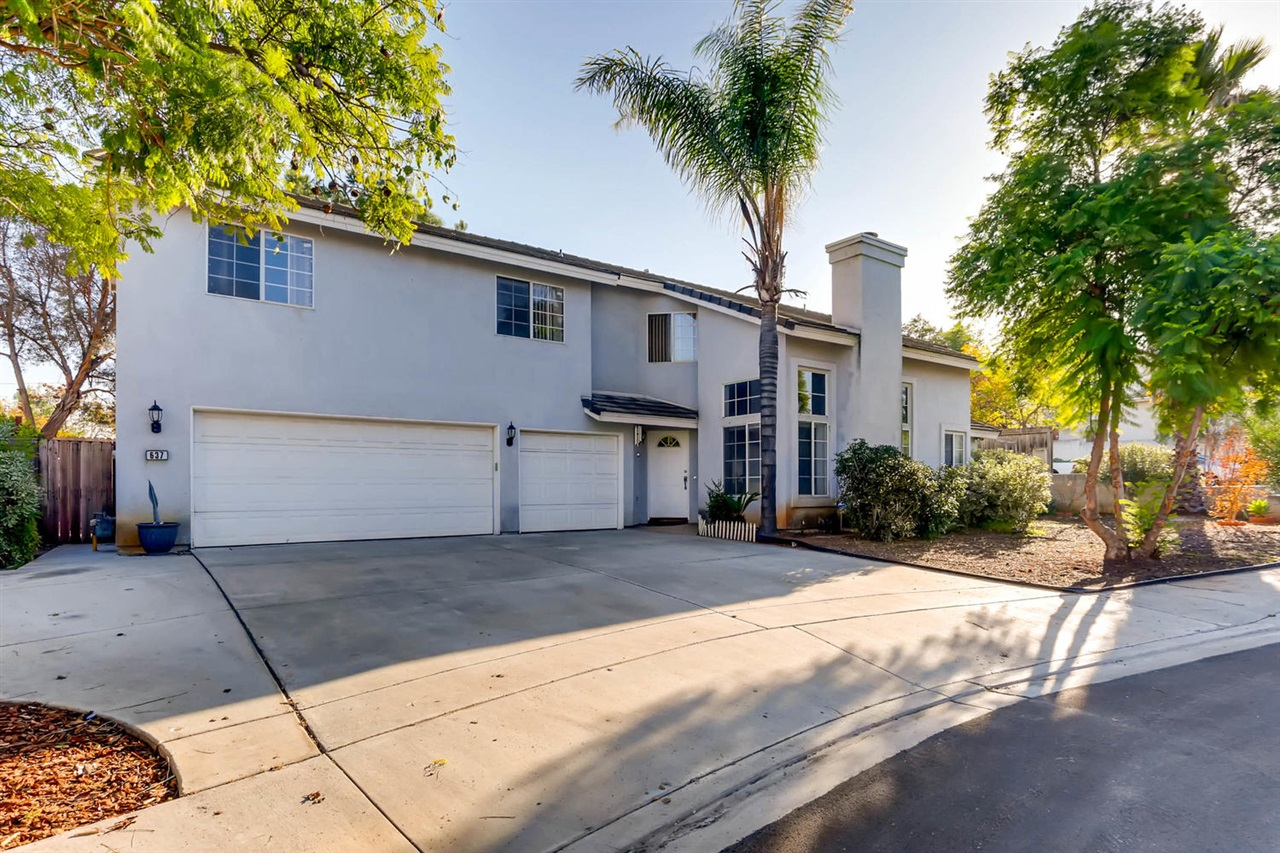 637 Devon Pl, Escondido, CA 92025