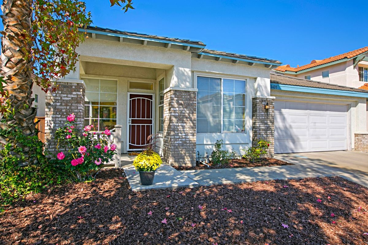 12420 Whispering Tree Lane, Poway, CA 92064