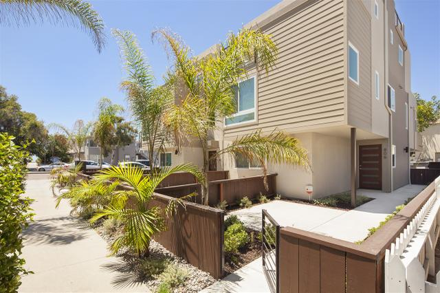 806 Ostend Ct, San Diego, CA 92109
