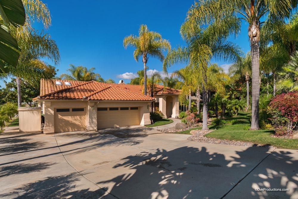 10298 Hawley Road, El Cajon, CA 92021