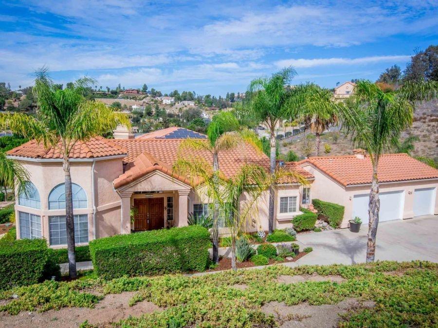 1706 Vista Grande Road, El Cajon, CA 92019