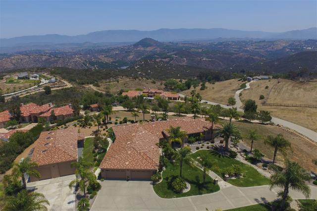 10310 Vista Montanoso, Escondido, CA 92026