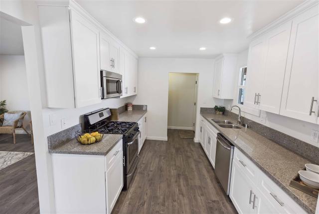 493 Briarwood Rd, San Diego, CA 92114