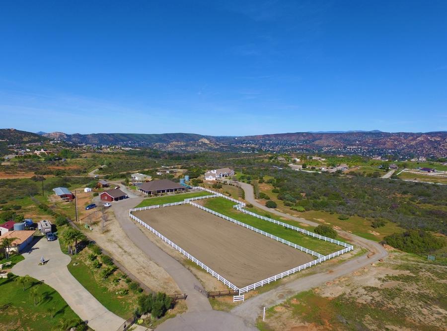 15212 Mesa Estates Ct, Ramona, CA 92065