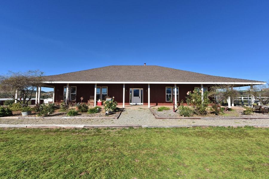 15212 Mesa Estates Court, Ramona, CA 92065