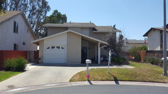 2110 Delltop Ln, Spring Valley, CA 91977