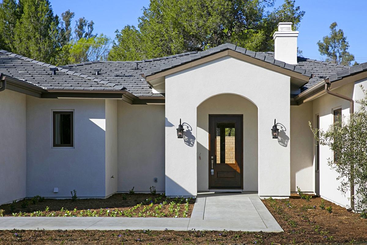 16775 Martincoit Road, Poway, CA 92064
