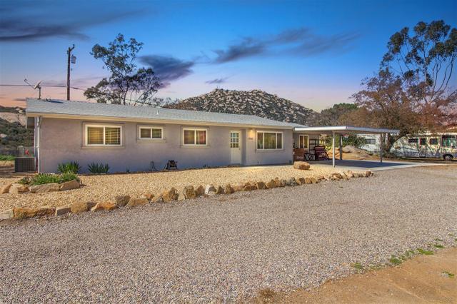 17262 Rockhouse Rd, Ramona, CA 92065