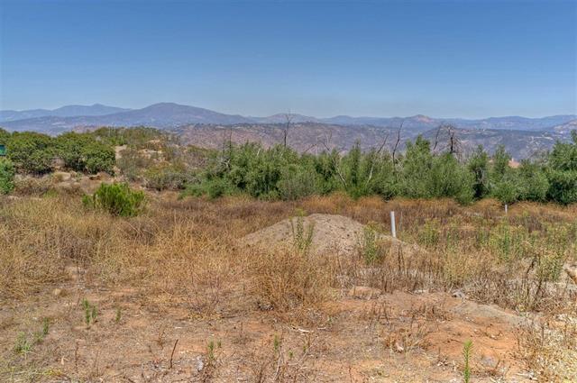 2442 Senda Ln #0, El Cajon, CA 92021
