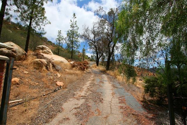1469 Mountain View Rd #1, El Cajon, CA 92021