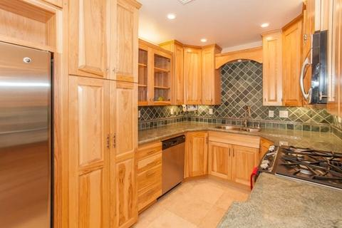 739 Dover Ct, San Diego, CA 92109