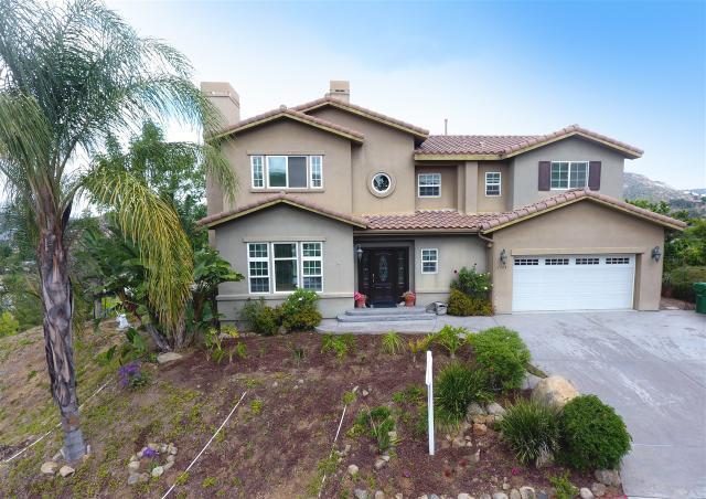 1748 Horizon Heights Cir, El Cajon, CA 92019