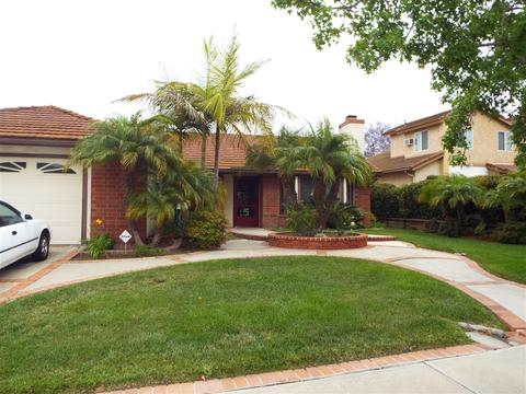 4839 Meadowbrook Dr, Oceanside, CA 92056
