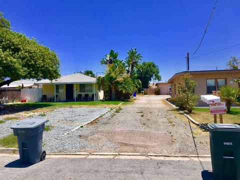2477 Hardy Dr, Lemon Grove, CA 91945
