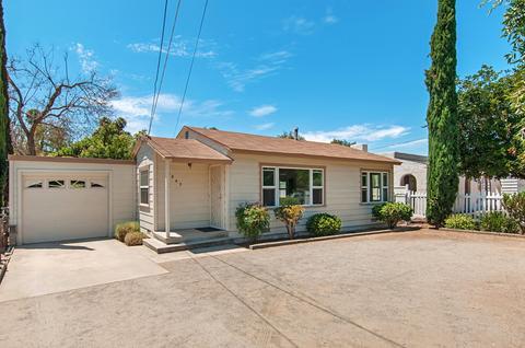 8849 Lamar St, Spring Valley, CA 91977
