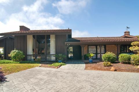 2946 Woodford Dr, La Jolla, CA 92037