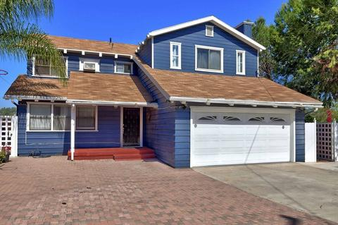 3810 Helix St, Spring Valley, CA 91977
