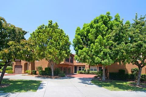 13330 Via Magdalena #5, San Diego, CA 92129