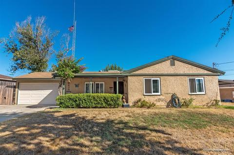 9415 Pike Rd, Santee, CA 92071