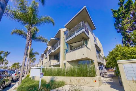 1064 Anchorage Lane 1, San Diego, CA 92106
