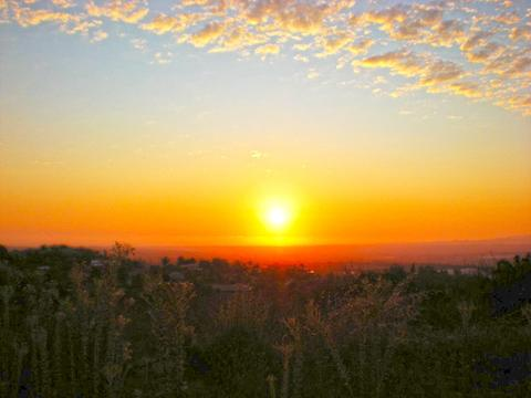 2220 Panoramic Dr #10, Vista, CA 92084