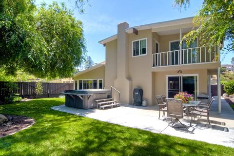 3490 Larga Cir, San Diego, CA 92110