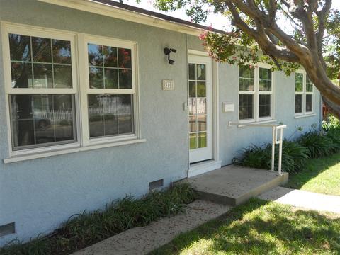 340 W 2nd St, San Dimas, CA 91773