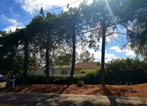 2151 Brooke Rd, Fallbrook, CA 92028
