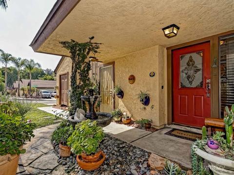 2126 Greencrest, El Cajon, CA 92019