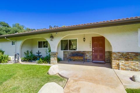 1645 Ranchwood Ln, Fallbrook, CA 92028