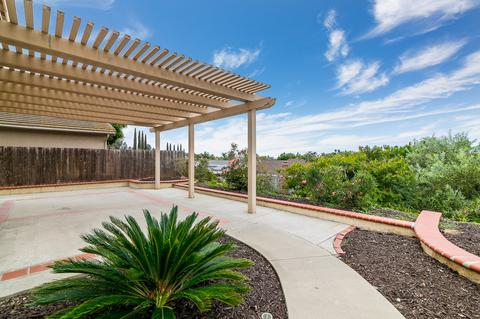 1295 Rachel Cir, Escondido, CA 92026
