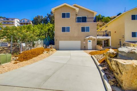 1611 Paraiso Ave, Spring Valley, CA 91977