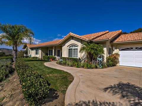 1259 De Luz Rd, Fallbrook, CA 92028