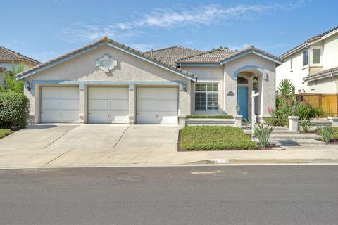 816 Windridge Cir, San Marcos, CA 92078