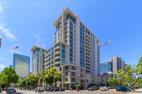 425 W Beech St #319, San Diego, CA 92101