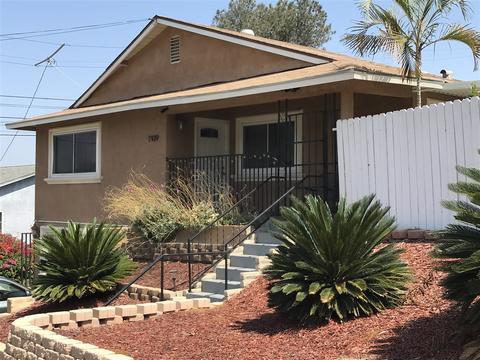 1939 Winnett St, San Diego, CA 92114