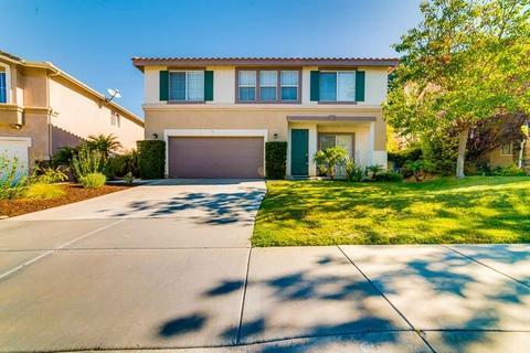 5006 Lake Circle Rd, Fallbrook, CA 92028