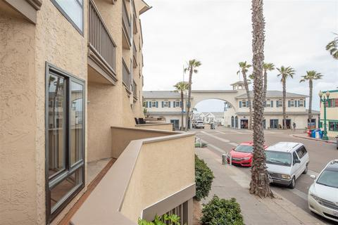 Pacific Beach Real Estate 108 Homes For In San Go Ca Movoto