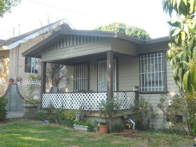 2221 Berkeley Ave, Out Of Area, CA 90026