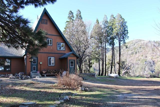 1340 Sugarpine Springs Rd, Hesperia, CA 92345