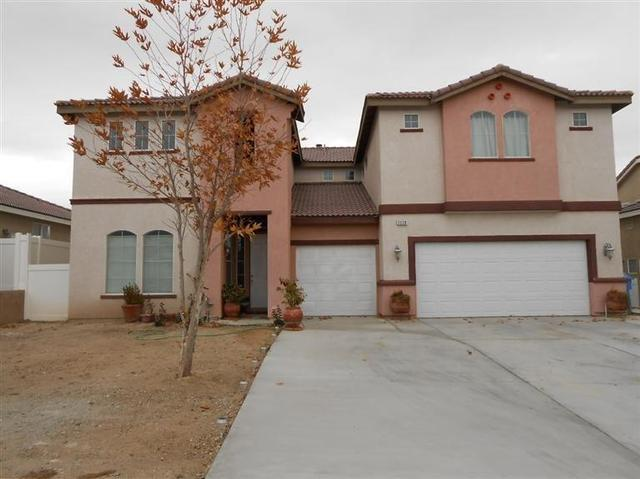 2220 Ruby Dr, Barstow, CA 92311