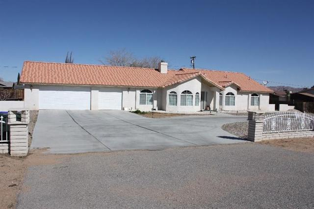 20158 Yucca Loma Rd, Apple Valley, CA 92307