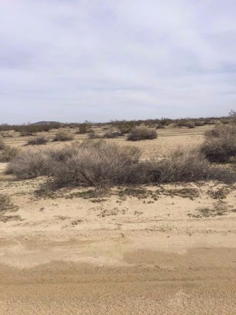 Undisclosed, Llano, CA 93591