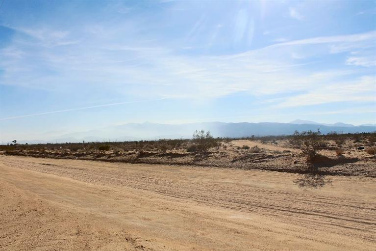 0 Buttemere Road, Phelan, CA 92371