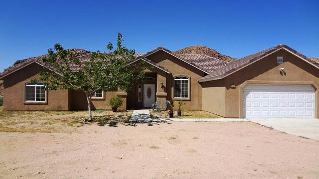 25392 Old Mine Rd, Apple Valley, CA 92307