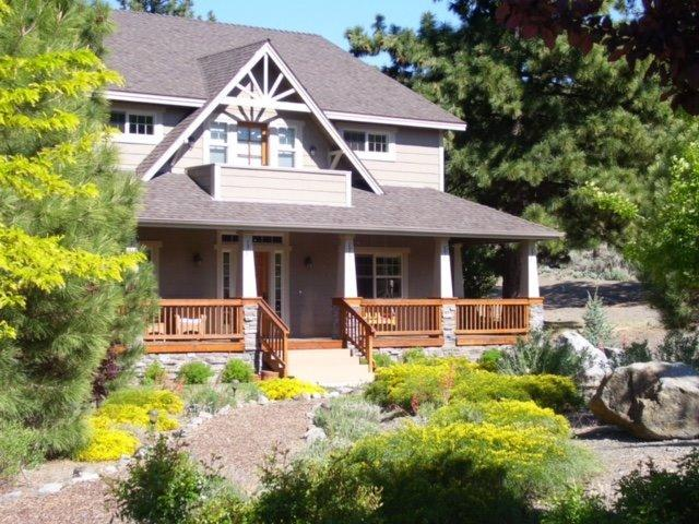 5230 E Chaumont Dr, Wrightwood, CA 92397