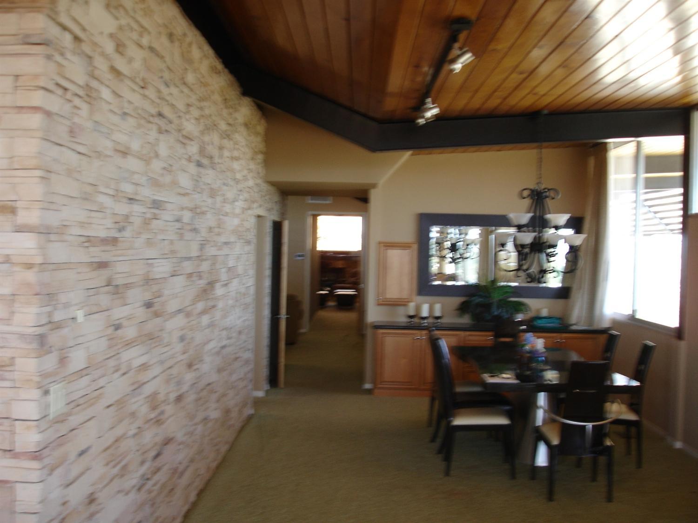 15709 Rimrock Road, Apple Valley, CA 92307