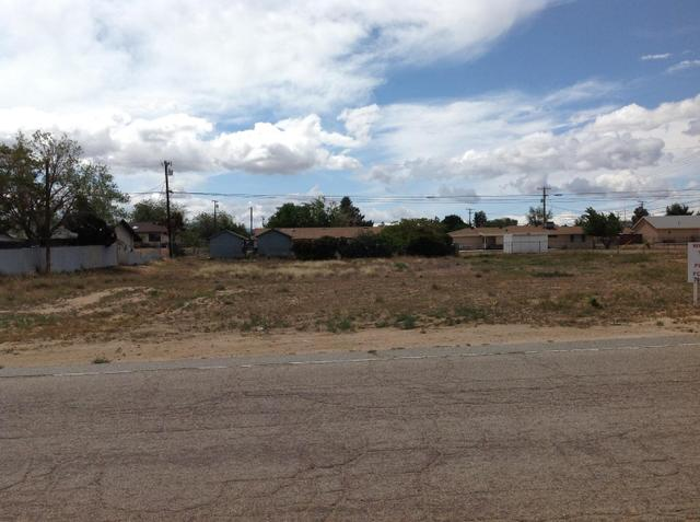 1 Outer Bear Valley Rd, Hesperia, CA 92345